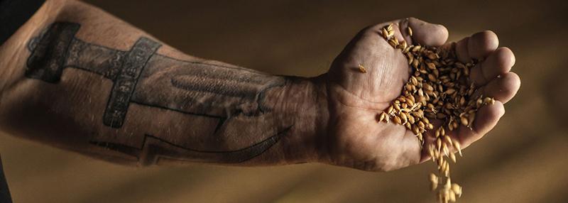 Highland Park Twisted Tattoo is op eeuwenoude kunst geïnspireerd