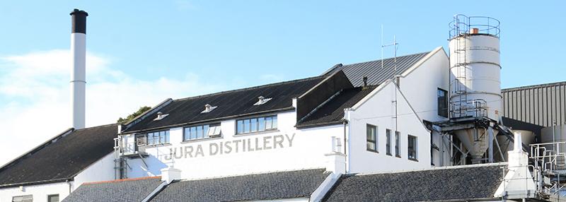 Isle of Jura produceert delicaat rokerige whisky met levendige invloeden van fruit