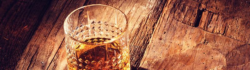 Lees onze tips over het puur drinken van rum