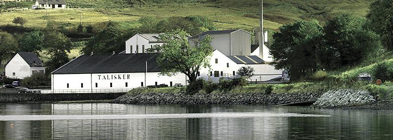 Talisker heeft als motto 'made by the sea' en dit proef je terug in deze Island whisky