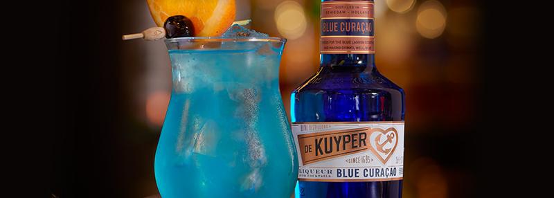 Maak deze cocktail met Blue Curaçao