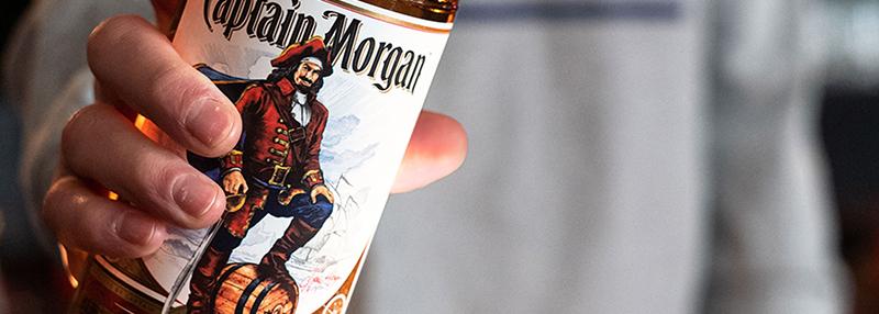 Een fles van deze populaire rum