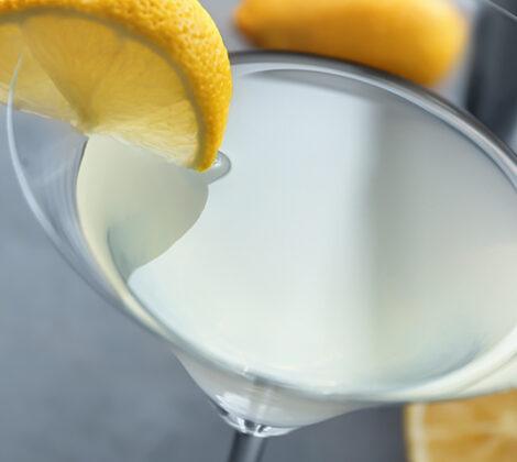 Cocktails met citroen: 3 eenvoudige recepten