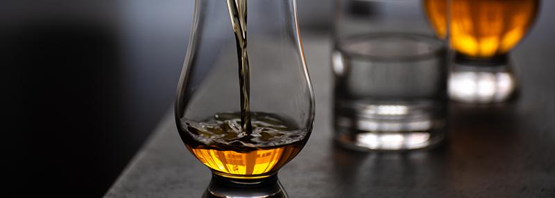 whisky puur drinken
